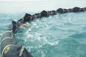 Надувные морские боны